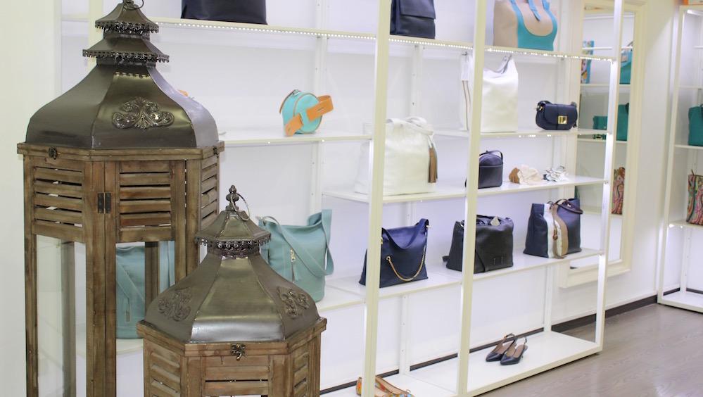 Acosta en S.S. de los Reyes The Style Outlets