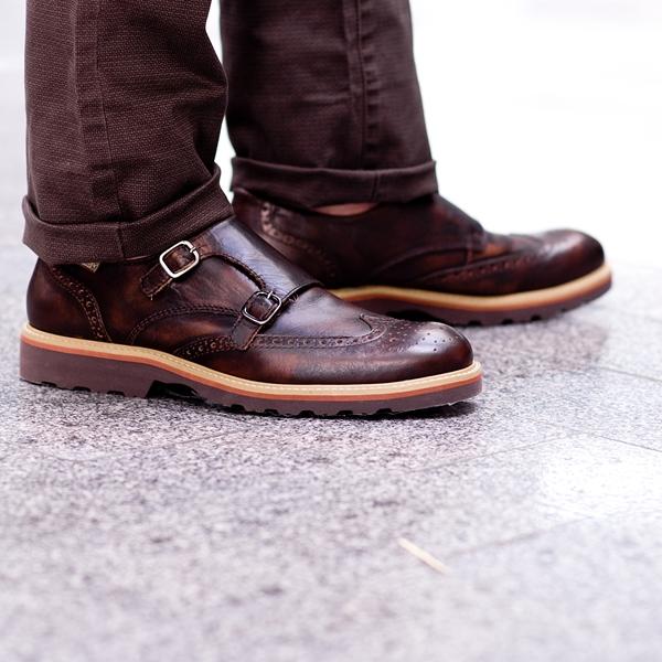 zapatos look principe de gales