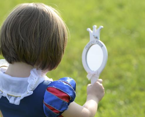 Vestuario de cuento para niños