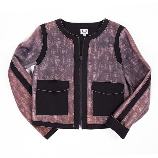 chaqueta rosa y negra de Adolfo Domínguez