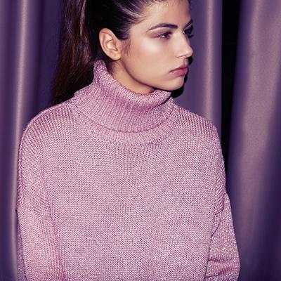 jersey rosa cuello cisne