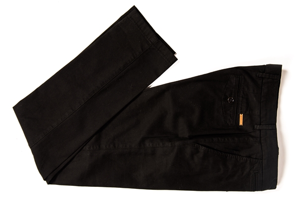 pantalón negro forecast