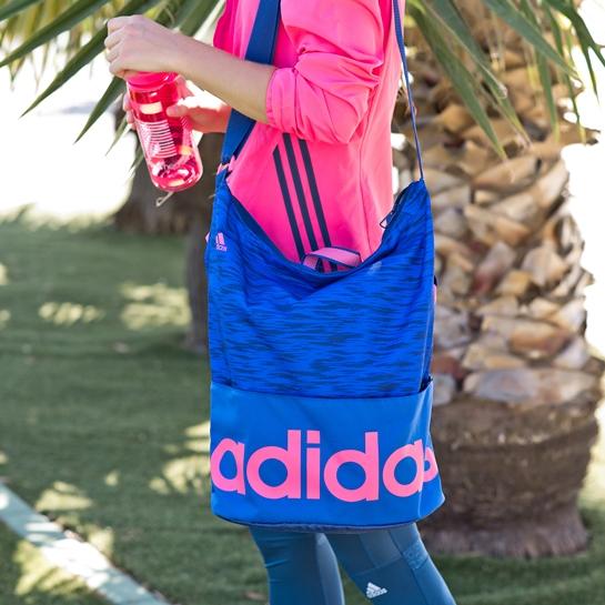 bolsa adidas rosa y azul
