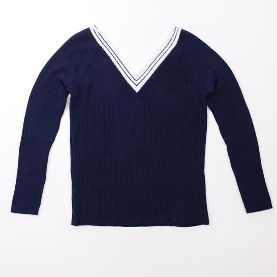 jersey azul marino con raya blanca