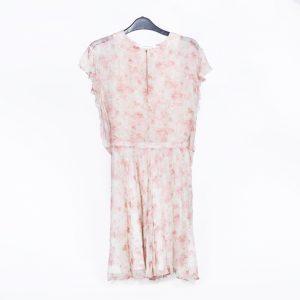 vestido de flores rosa claro