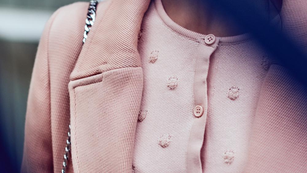 abrigo y rebeca rosa