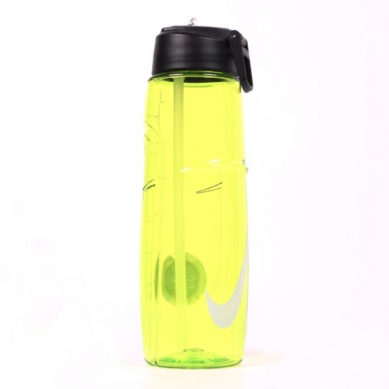 botella de agua nike