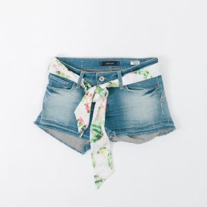 shorts denim con pañuelo