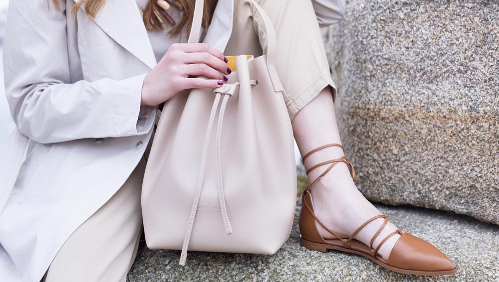 look bolso saco blanco