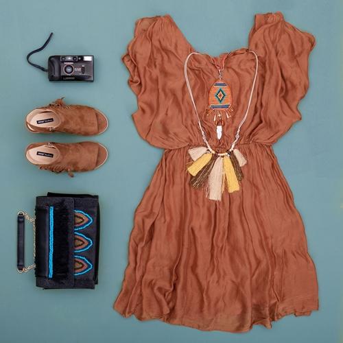 look boho vestido marrón