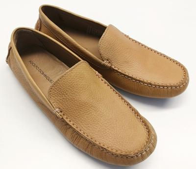 zapatos beige adolfo domínguez