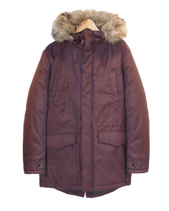 abrigo burdeos con gorro pelo