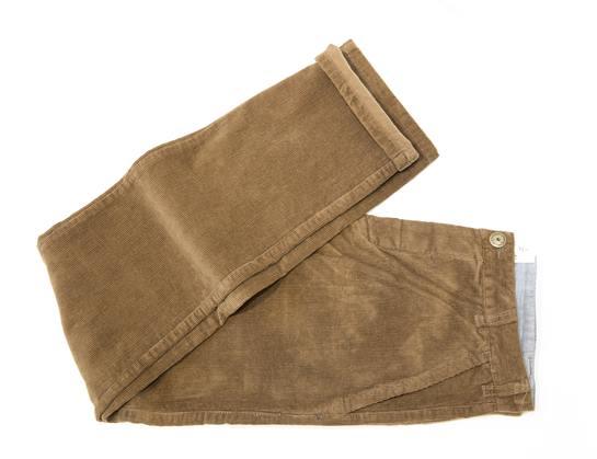 pantalones pana marrón