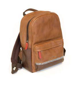 mochila marrón pikolinos