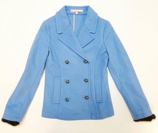 chaqueta celeste