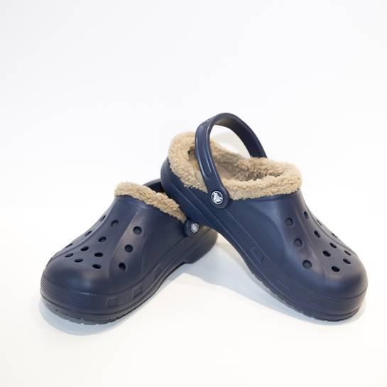 zapatillas crocs con borrego