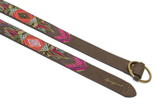 cinturones marones y colores
