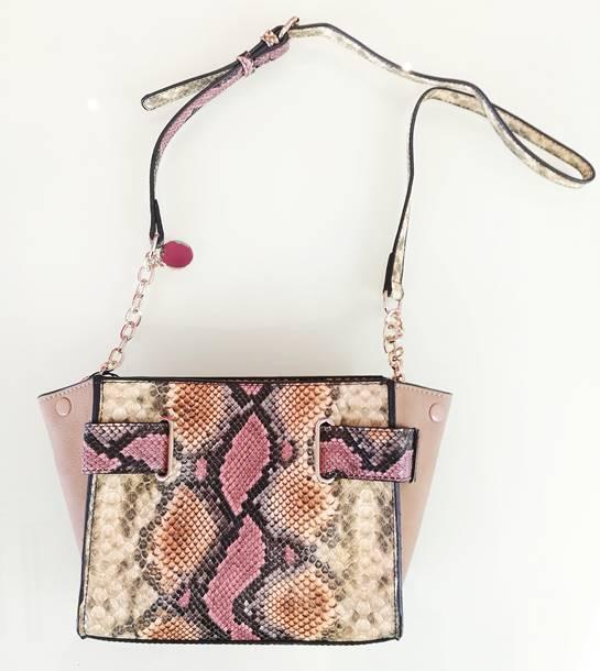bolso estampado serpinte rosa