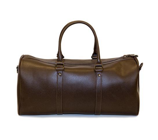 bolso de viaje marrón