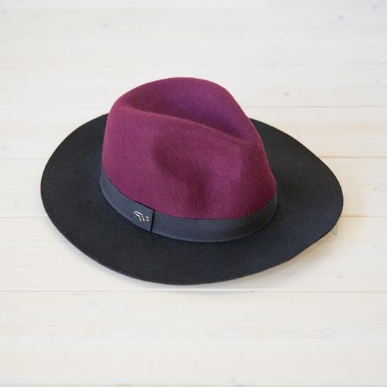 sombrero burdeos