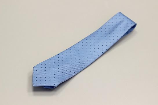 corbata azul underblue