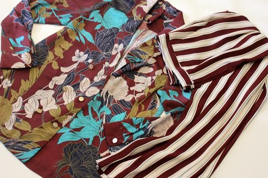 blusa de flores y pantalón rayas