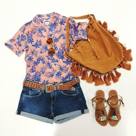 look camisa hawaiana