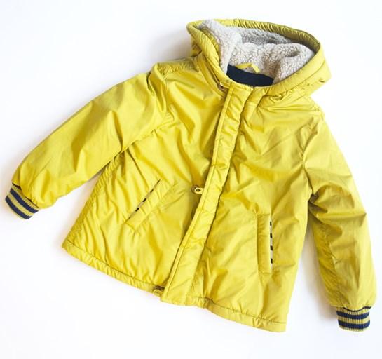 abrigo amarillo mayoral