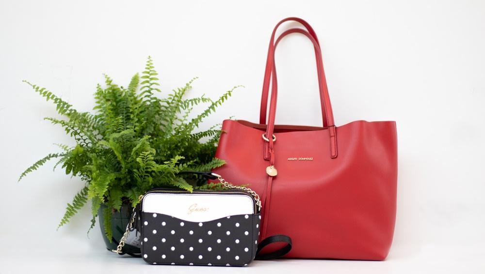 107b777d2 Sea cual sea la temporada en la que nos encontramos, estás ante el  complemento perfecto. Un bolso no solo es un accesorio que forma parte de  un look, ...