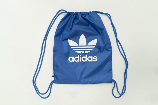Mochila celeste con logo Adidas