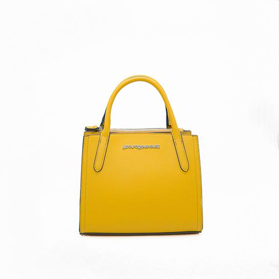 Bolso amarillo de Adolfo Domínguez precio original: 108,00€ /Precio outlet: 72,00€