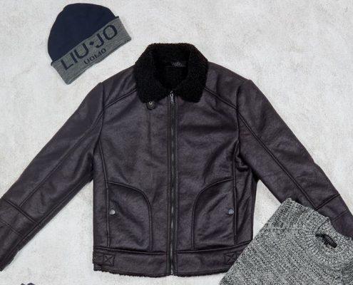 chaqueta cuero negro Liujo