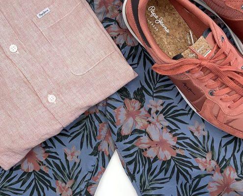 bodegón verano pepe jeans bermudas camisa zapatillas