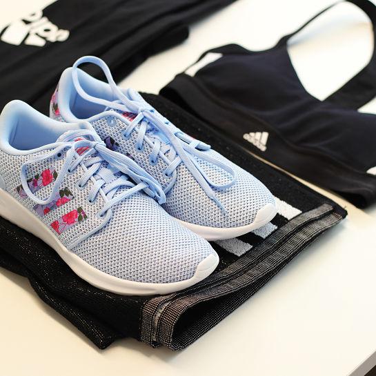 Zapatillas Celestes de Adidas