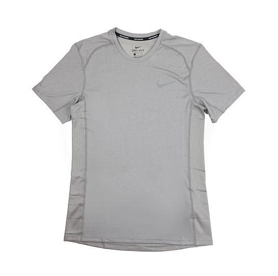 Camiseta gris de Nike
