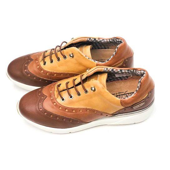 Zapatos bicolor de Pikolinos
